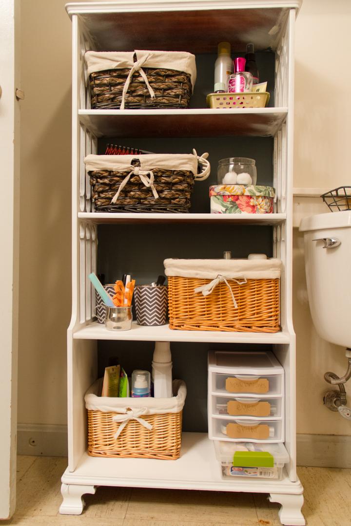Bathroom Bookshelf Makeover – Bathroom Bookshelf